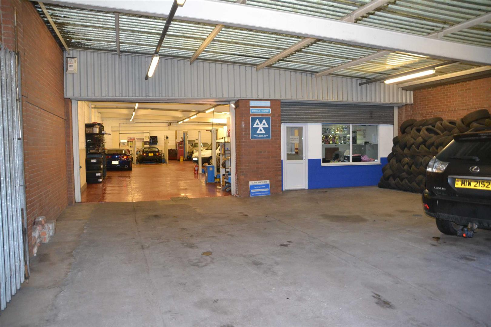 Servicetune Ltd, 166 St Georges Road, Hull, HU3 3QE